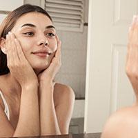 Lemon Balm supports better skin health